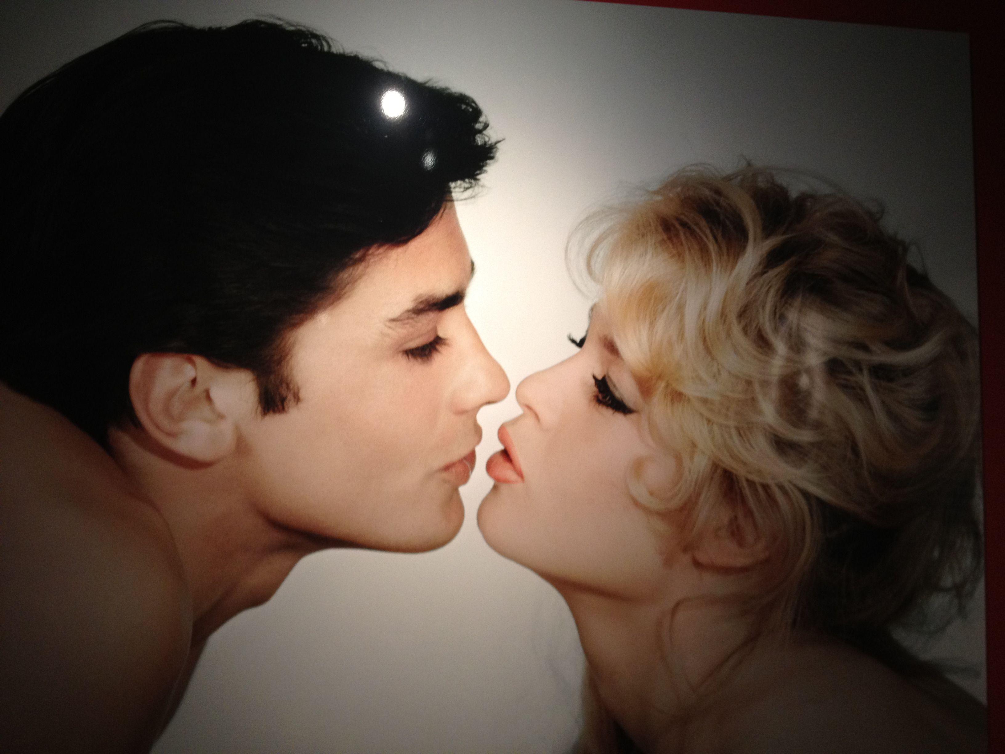 Alain Delon Brigitte Bardot expo cheveux chéris