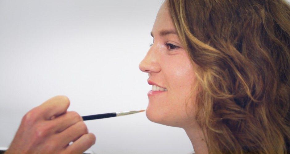 Se faire un make-up teint longue tenue